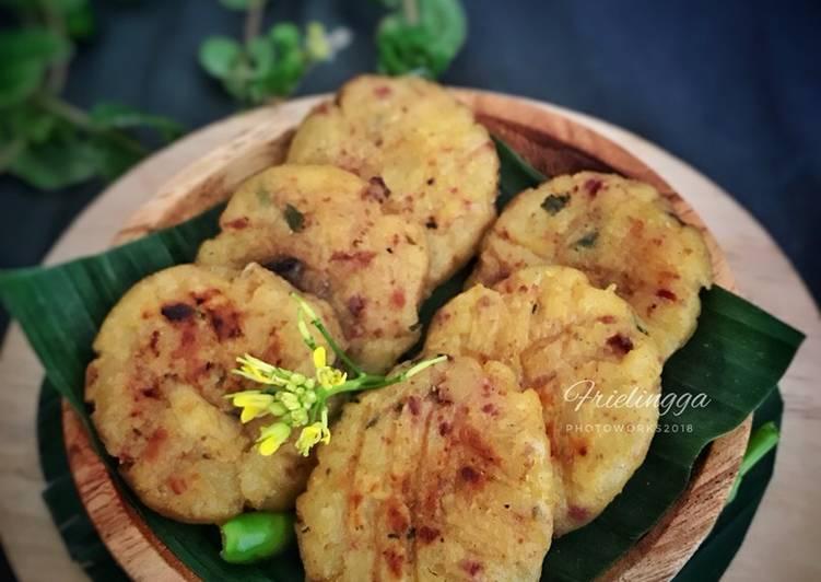 Frikadeller /Perkedel kentang panggang- corned beef