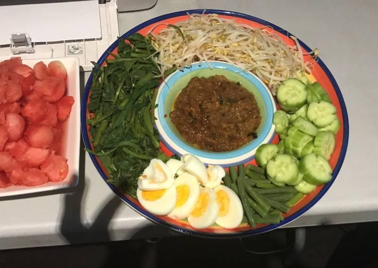 Easiest Way to Prepare Ultimate Indonesian peanut sauce Salad
