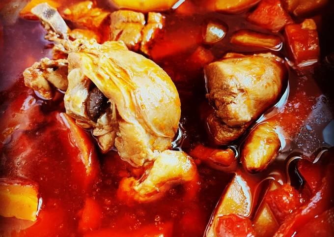 Instant Pot Filipino Chicken Afritada