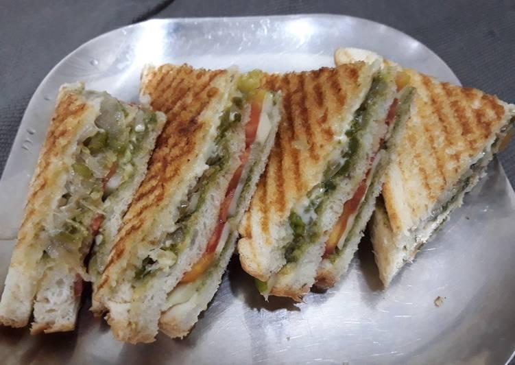Veg Cheese Grilled Sandwich Recipe By Shivani Bayaskar Cookpad