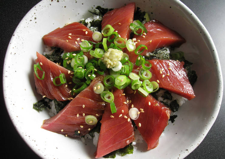 Marinated Tuna Sashimi Rice Bowl