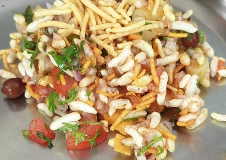 Recipe of Favorite Chana murmura bhel
