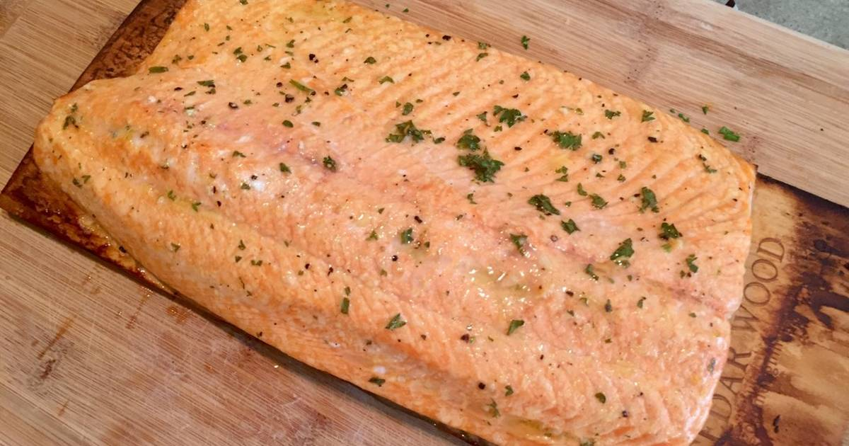 Lemon Pepper Plank Grilled Salmon Recipe by Kevin S - Cookpad