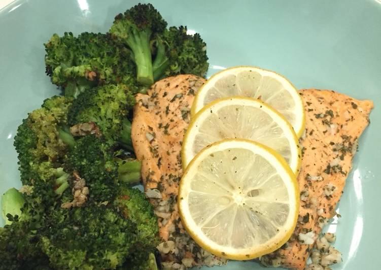 Lemon Garlic Baked Salmon with roasted broccoli