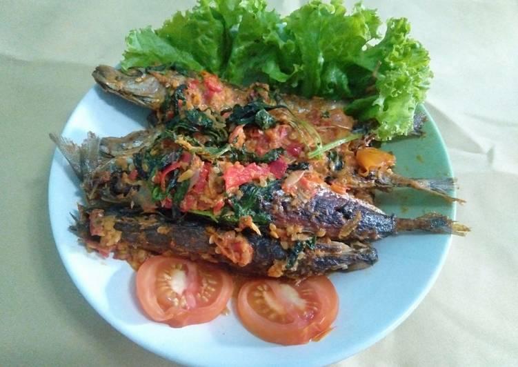 Balado ikan cue kemangi