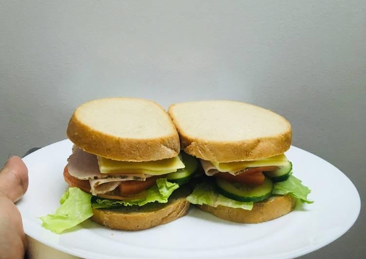 Resep Club Sandwiches simple ala chef Turnip Favorit