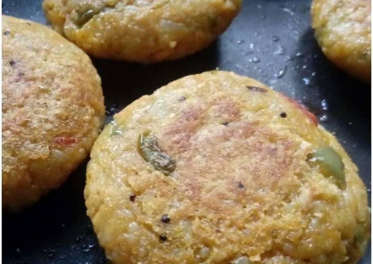 15 Minute Simple Way to Make Homemade Masala Rice oats Tikki
