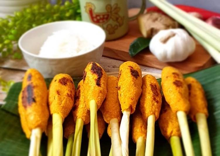 How to Prepare Favorite Balinese Fish Satay (Satay Lilit Ikan)