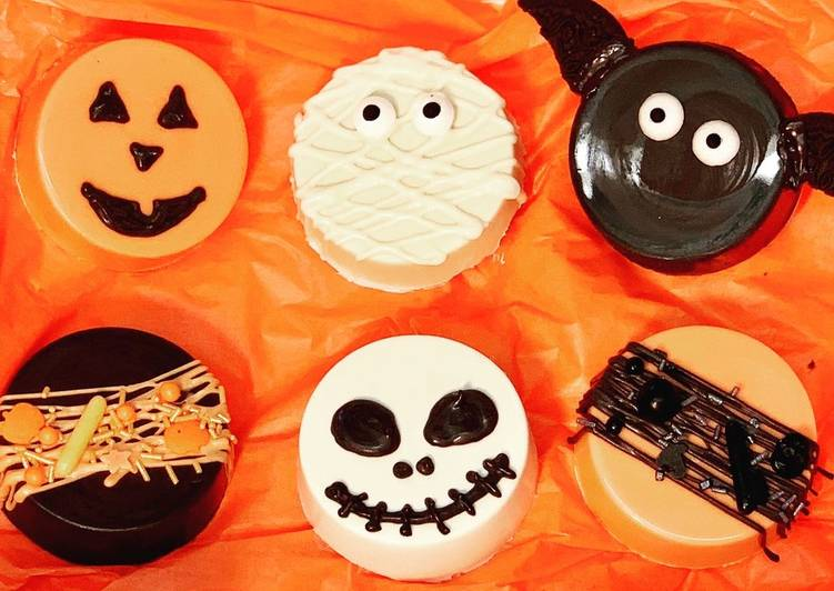 Going Green for Greater Health By Eating Superfoods Halloween Chocolate Covered Oreos