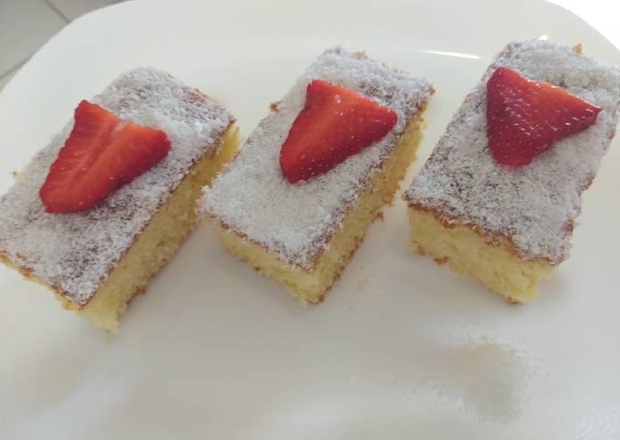 Gâteau yaourt et noix de coco