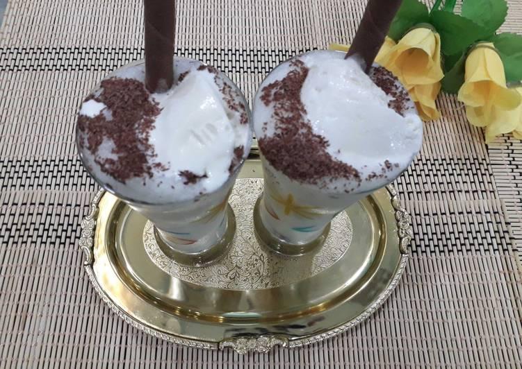 Vanilla banana smoothie