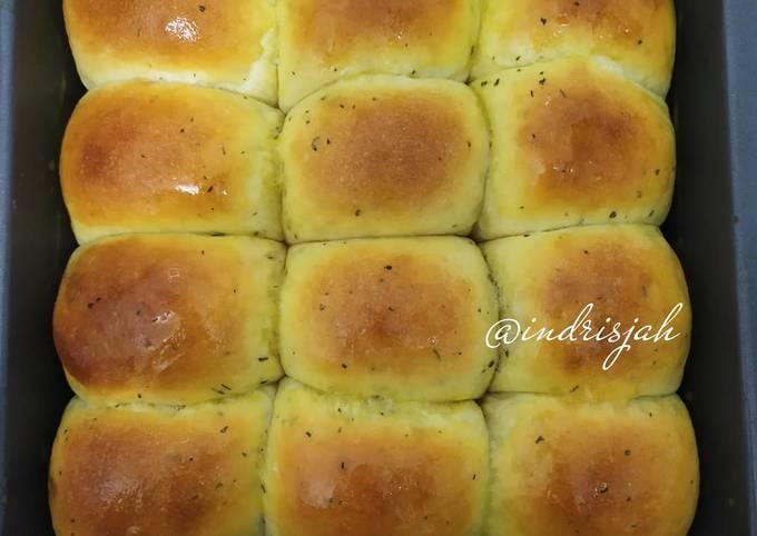 Garlic Bread isi abon