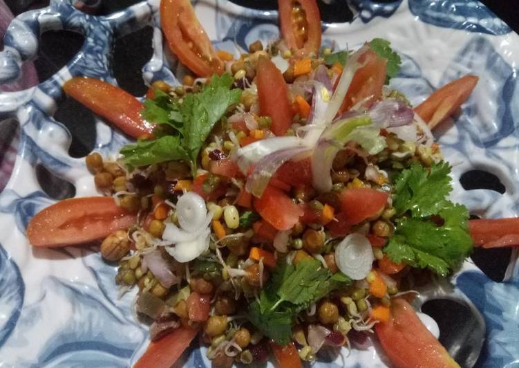 Simple Way to Prepare Favorite Mix sprouts & veggies salad