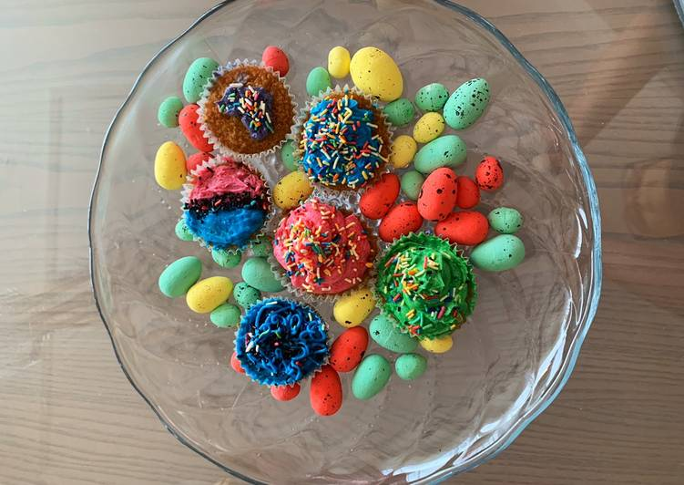 Recipe of Award-winning Colorful Vanilla Cupcakes