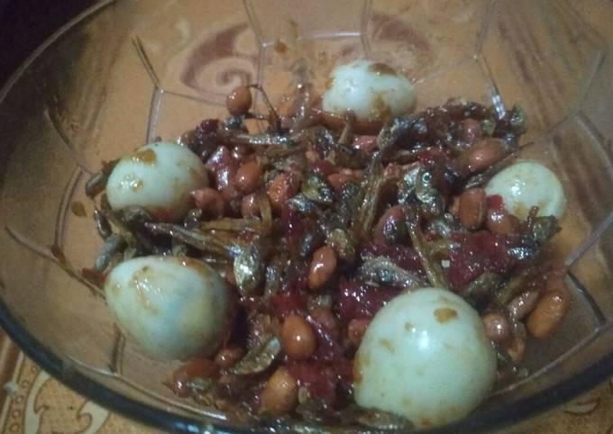Sambal teri kacang mix telur puyuh sederhana