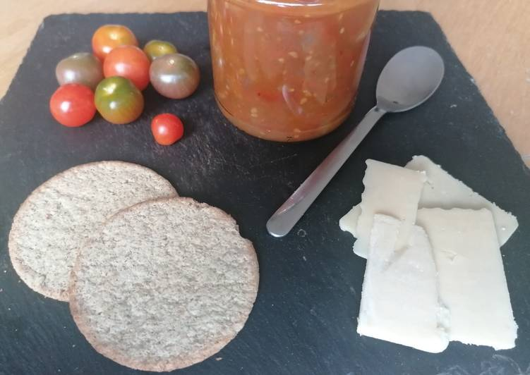 Recipe of Quick Ginger and tomato chutney