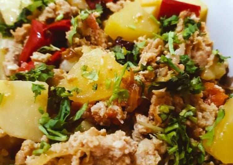 25 Minute How to Prepare Super Quick Homemade Aloo Qeema