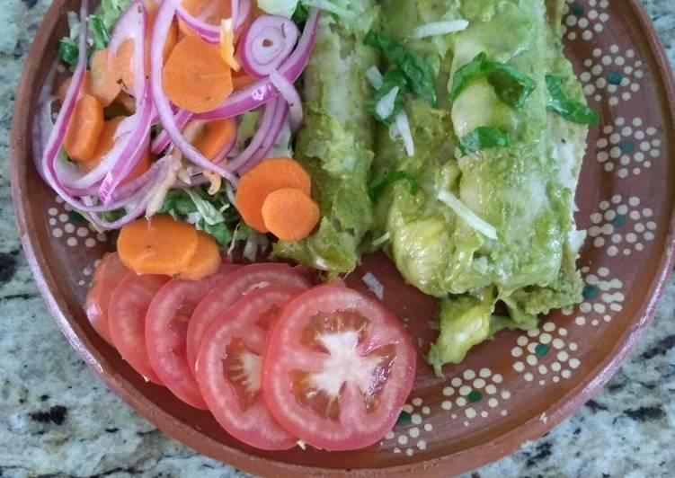 Enchiladas con poblano