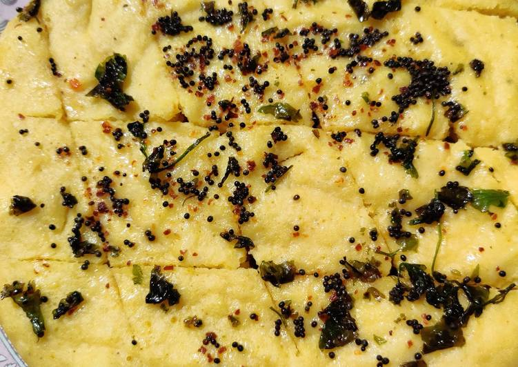 Steps to Prepare Award-winning Dhokla in rice cooker