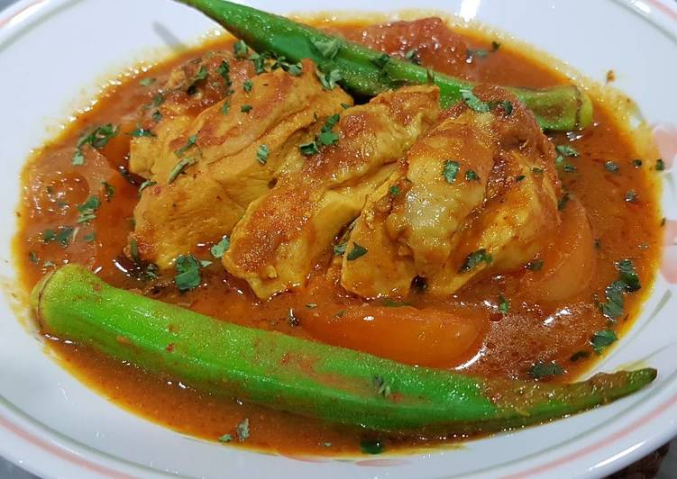 Chicken in Spicy Tamarind Sauce (Ayam Asam Pedas)