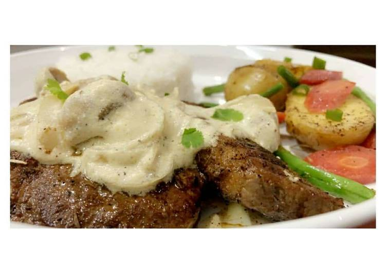 Beef Steak 🥩 with Mushroom Sauce🍄🥣