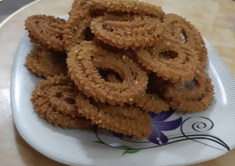 Recipe of Any-night-of-the-week Wheat flour Chakali