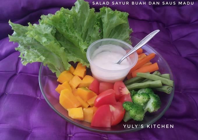 Bagaimana Membuat Salad Sayur Buah dan Saus Madu yang Menggugah Selera