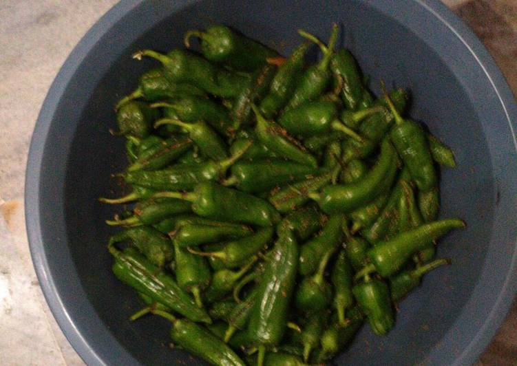 Recipe of Award-winning Green chilli pickle