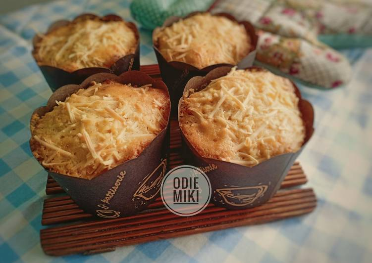 Filipinos Cheese Cupcakes