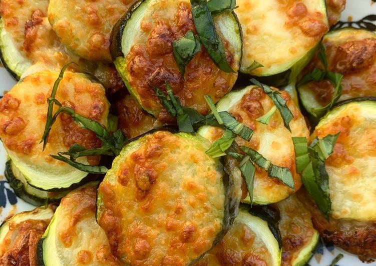 Courgettes à la mozzarella et basilic ??