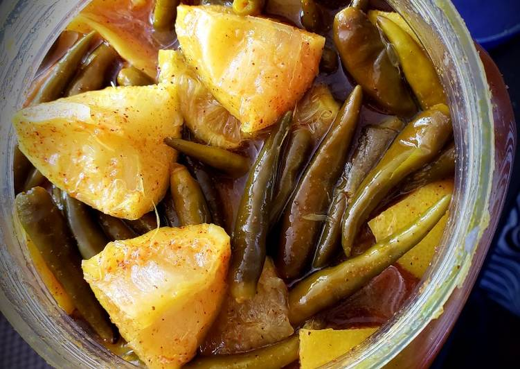 Lemon chilli quick pickle