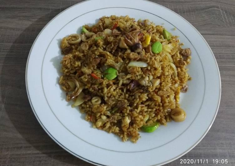 Nasi goreng Seafood 🦐🦑& Petai