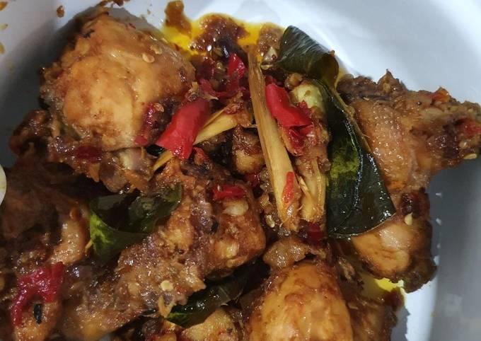 Ayam bumbu rujak asam pedas