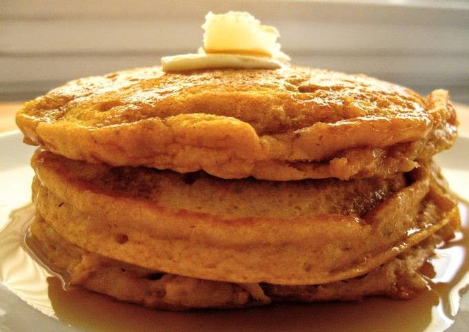 Small Batch Melt-In-Your-Mouth Pumpkin Pancakes