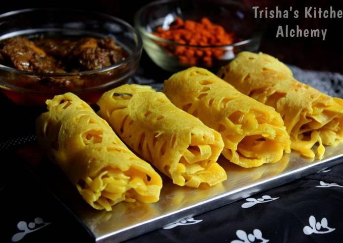 Roti Jala (Malaysian Net Crêpes)