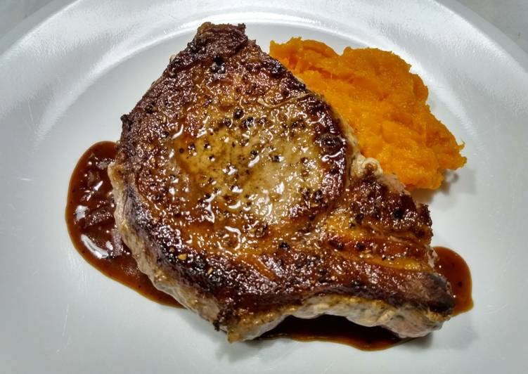 How to Make Delicious Pork chops with pan sauce