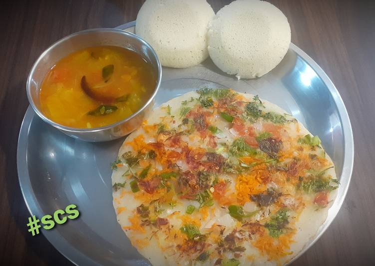 Oats Semolina Uttapam with idli and Sambhar