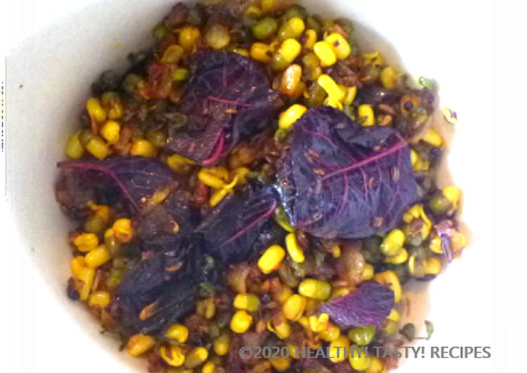 लाल चौलाई के साथ अंकुरित मुंग (Laal Cholai k sath Ankurit Moong recipe in Hindi)
