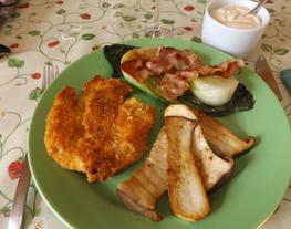 Pechugas de pollo rebozadas con polenta y pimentón