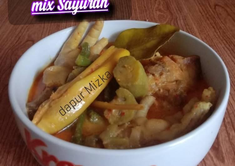 Kari Ayam & Ceker mix Sayuran - cookandrecipe.com