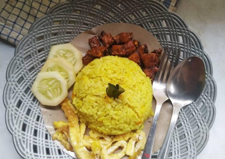 Nasi Kuning Simple (Masak Pakai Panci Serbaguna)
