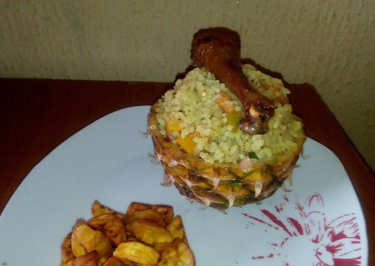 5 Minute Easiest Way to Make Favorite Pineapple Fried rice with fried Chicken and Diced Dodo