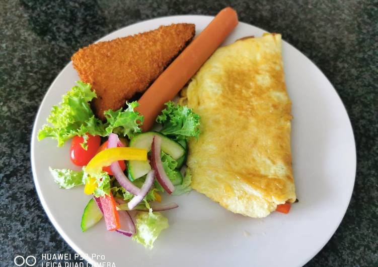 Simple Way to Prepare Homemade Cheese omelet