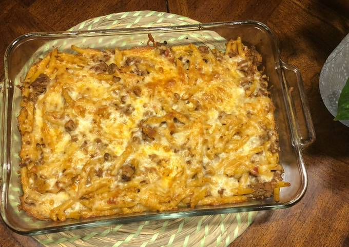 Penne pasta with ground beef