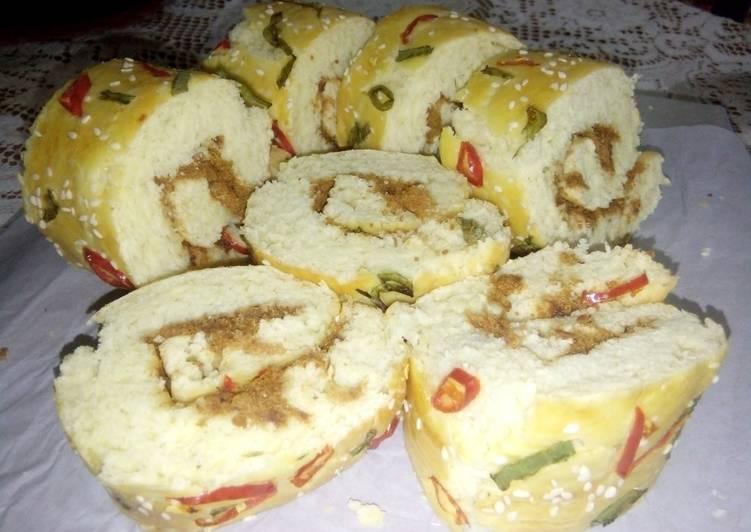 Floss Roll Bread