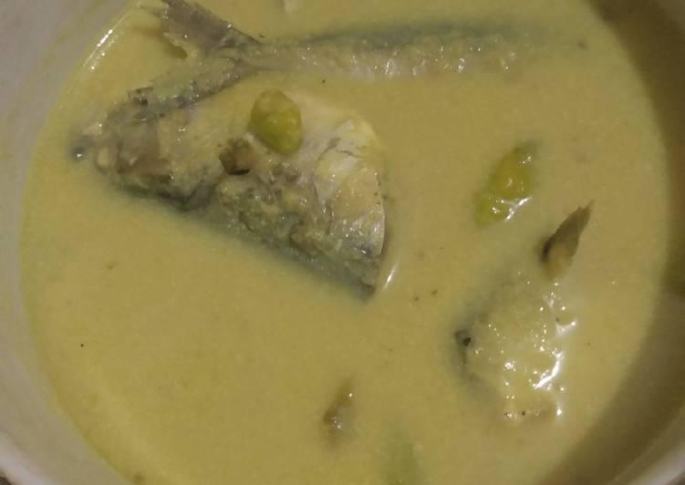 Gulai Ikan Jengkol