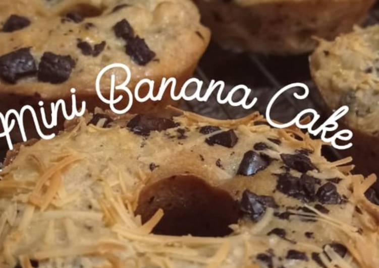 Mini Banana Cake (no mixer)