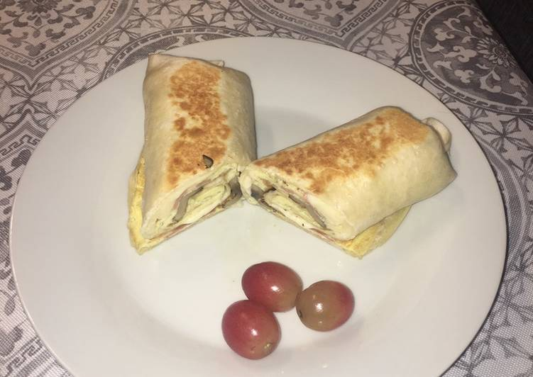 Step-by-Step Guide to Prepare Homemade Low calories egg burrito
