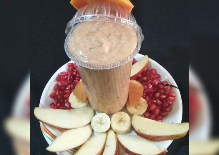 Mix fruit smoothie - with flavor of gulkand