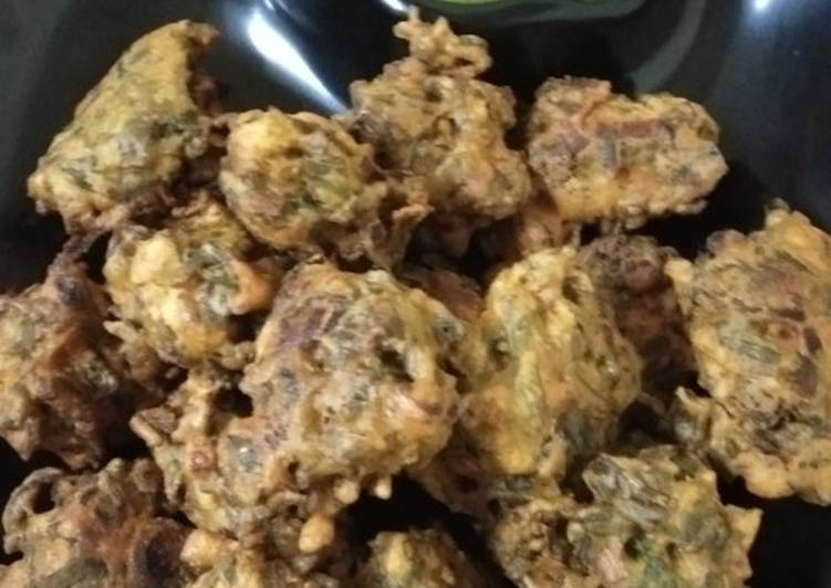 Recipe of Speedy Spring onion pakoda